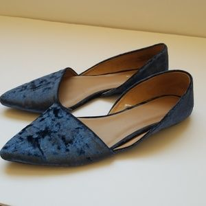 Blue crushed velvet size 11 women's Flats